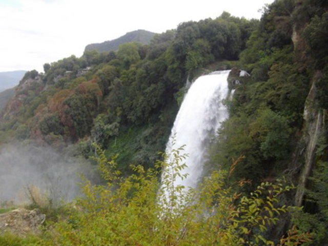 Trekking in  Cascata delle Marmore, Italy, visiting things to do in Italy, Travel Blog, Share my Trip