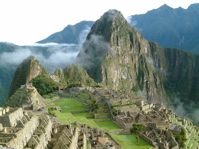 Trekking in  Inca Trail Machu Picchu, Peru, visiting things to do in Peru, Travel Blog, Share my Trip