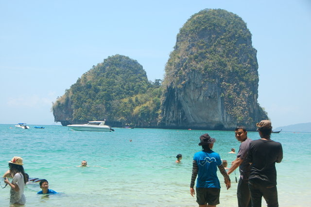 Sightseeing in  Railay Beach, Thailand, visiting things to do in Thailand, Travel Blog, Share my Trip
