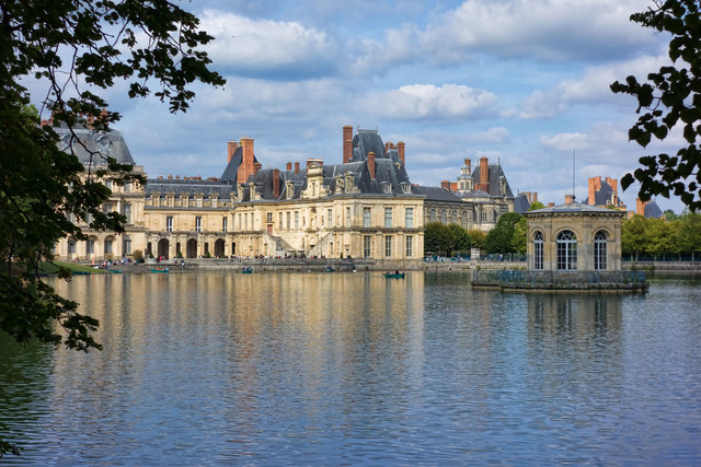 History in , France, visiting things to do in France, Travel Blog, Share my Trip