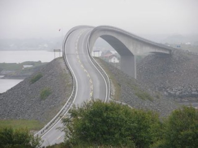 Sightseeing in  The Atlantic Road, Norway, visiting things to do in Norway, Travel Blog, Share my Trip