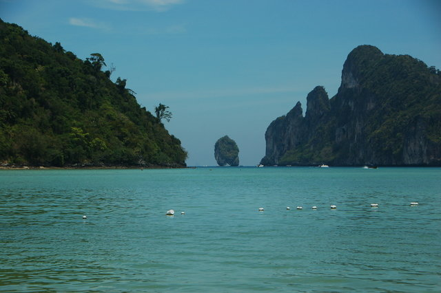 Accommodations in  Ko Phi Phi Don, Thailand, visiting things to do in Thailand, Travel Blog, Share my Trip