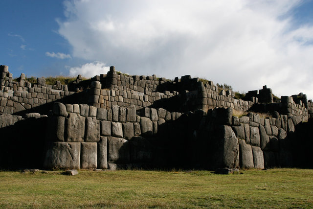 Sightseeing in  Cusco Saksaywaman, Peru, visiting things to do in Peru, Travel Blog, Share my Trip