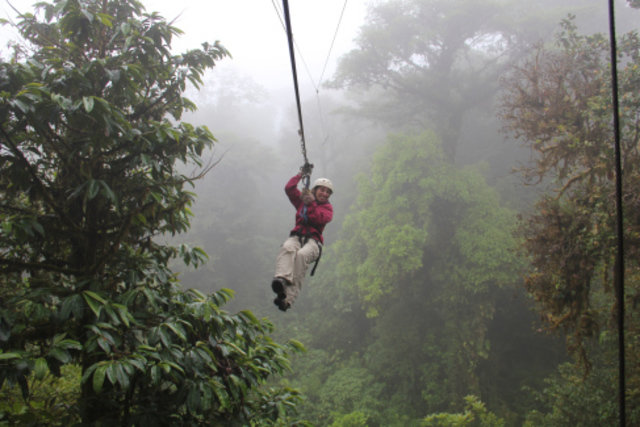 Trekking in  Monteverde, Costa Rica, visiting things to do in Costa Rica, Travel Blog, Share my Trip