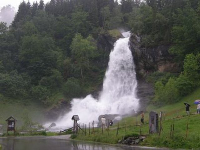 Sightseeing in  Steinsdalsfossen, Norway, visiting things to do in Norway, Travel Blog, Share my Trip