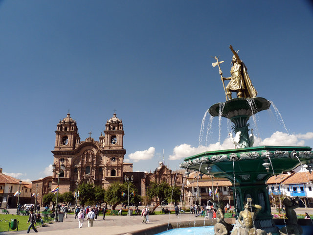 Citywalk in  Cusco plaza, Peru, visiting things to do in Peru, Travel Blog, Share my Trip